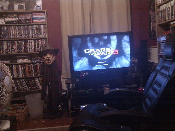 Gears of War + Ass Groove